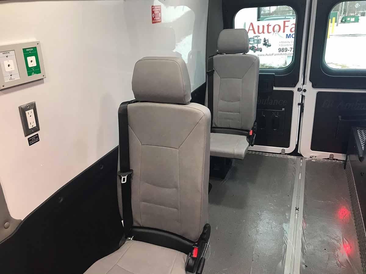 ram-promaster-3500-new-interior-6