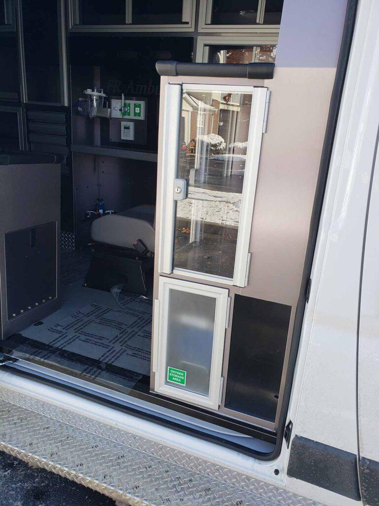 ram-promaster-3500-new-interior-8